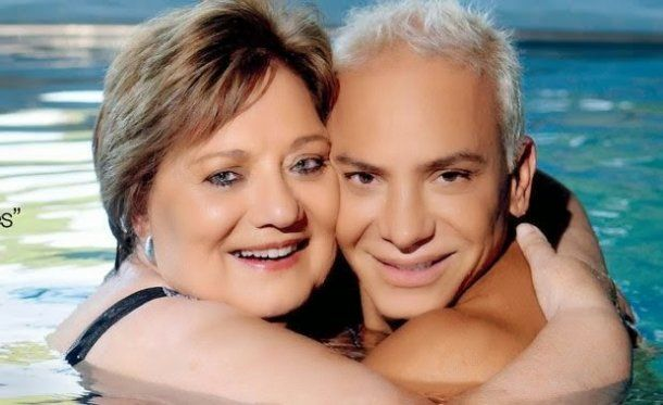 Flavio y su mamá para revista Gente<br>