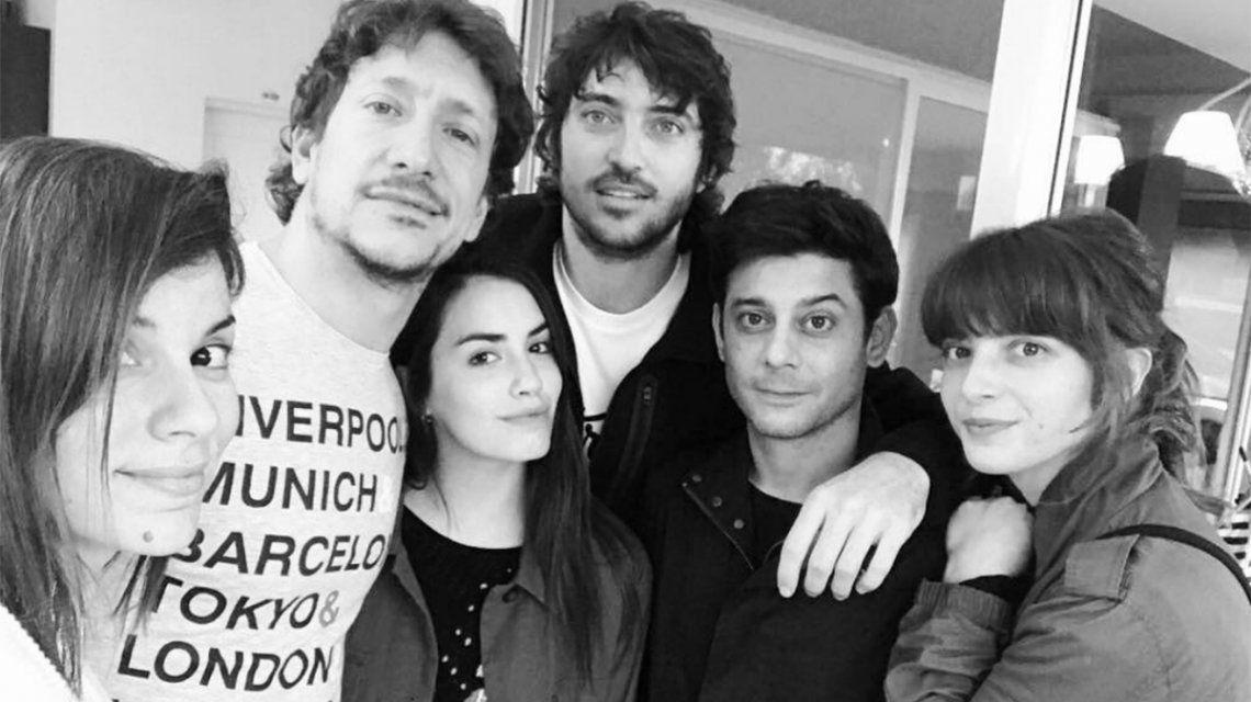 La tarde de amigos de Lali Espósito junto a su novio, Nico Vázquez y Gime Accardi