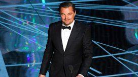 Leonardo DiCaprio salió con dos modelos el mismo día