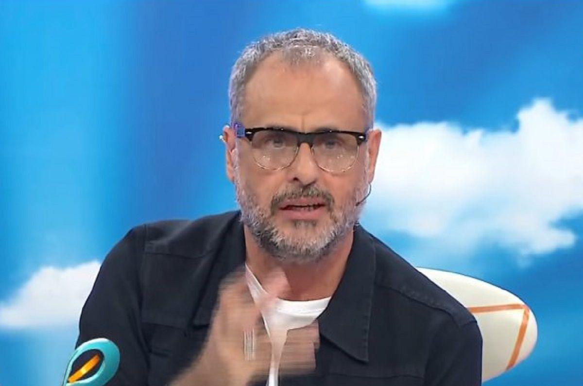 Las ironías y críticas de Jorge Rial a los Martín Fierro de Cable y La jaula de la moda