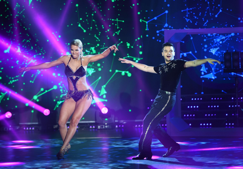 La caída de Agustín Casanova mientras bailaba el chachachá pop