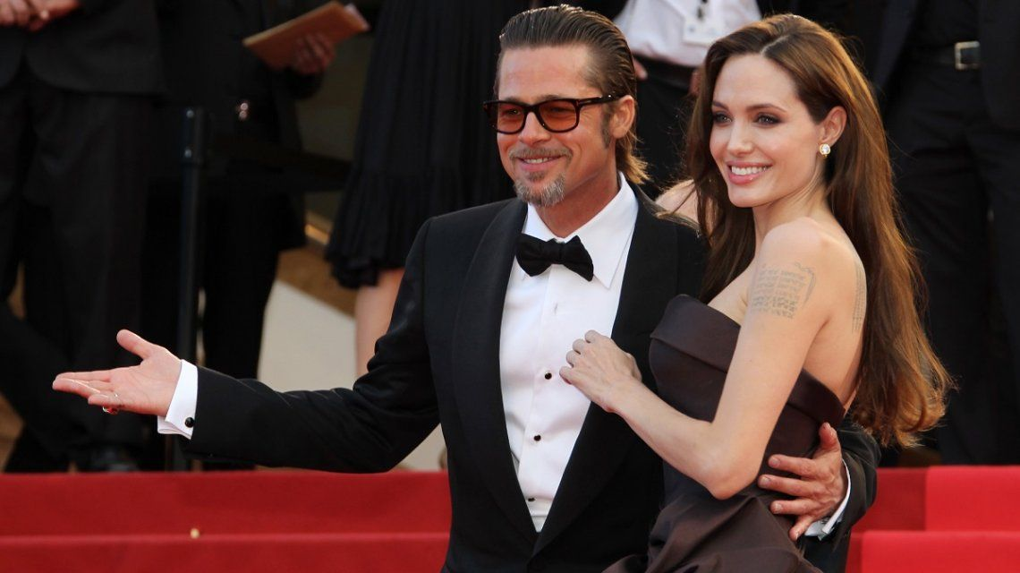 Brad Pitt sale con una chica parecida a Angelina Jolie