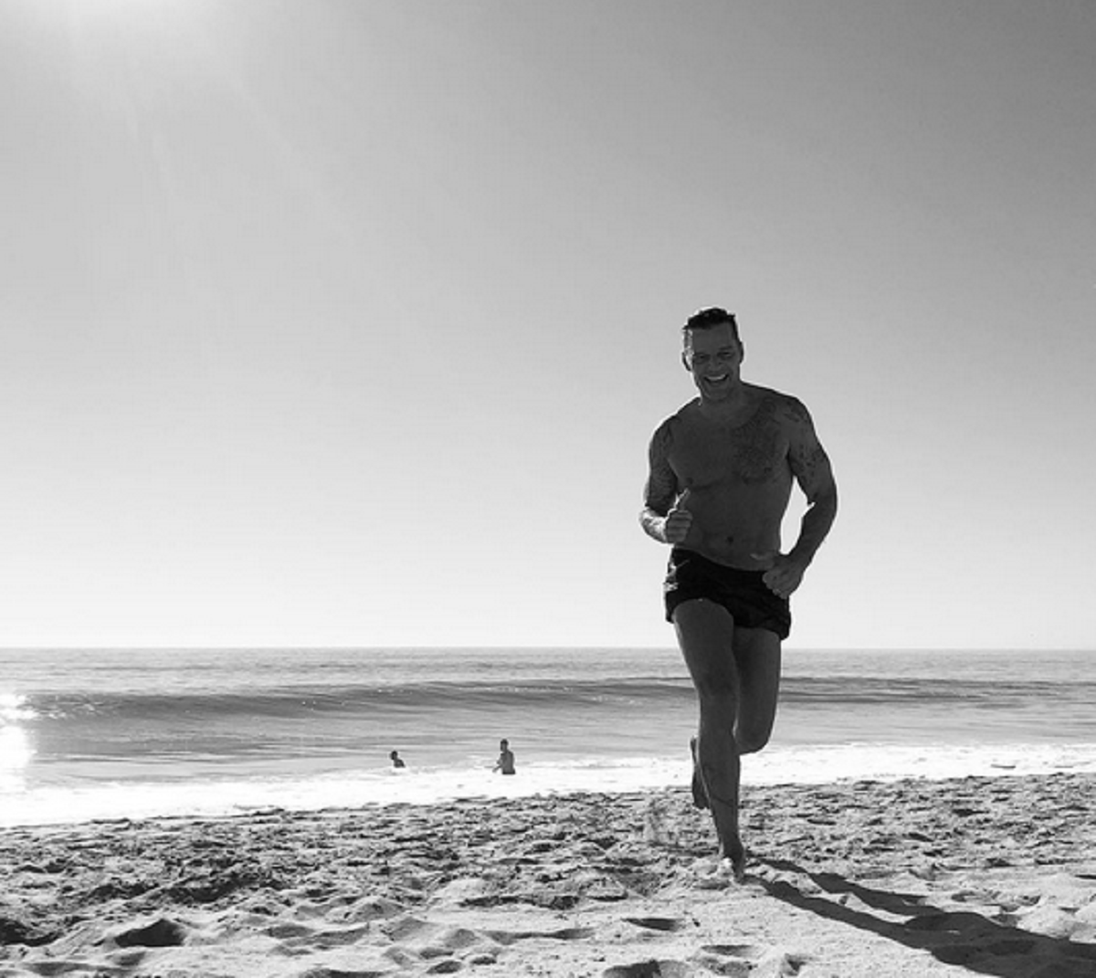 Ricky Martin, mimoso con su novio Jwan Yosef en la playa