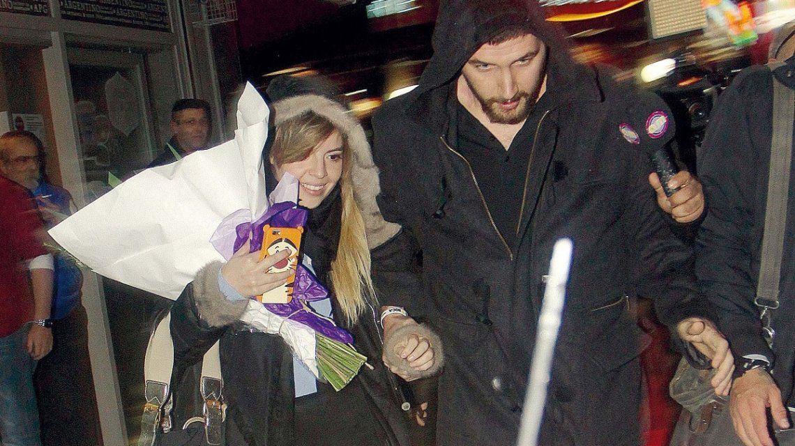 Andrés Caldarelli le propuso casamiento a Dalma Maradona con un cartel