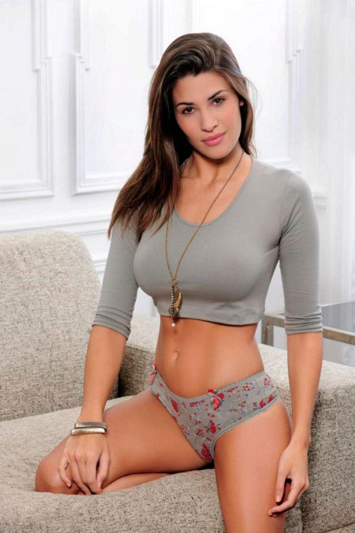 Ivana Nadal deslumbra sin corpiño
