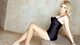 Charlotte Caniggia se animó al topless