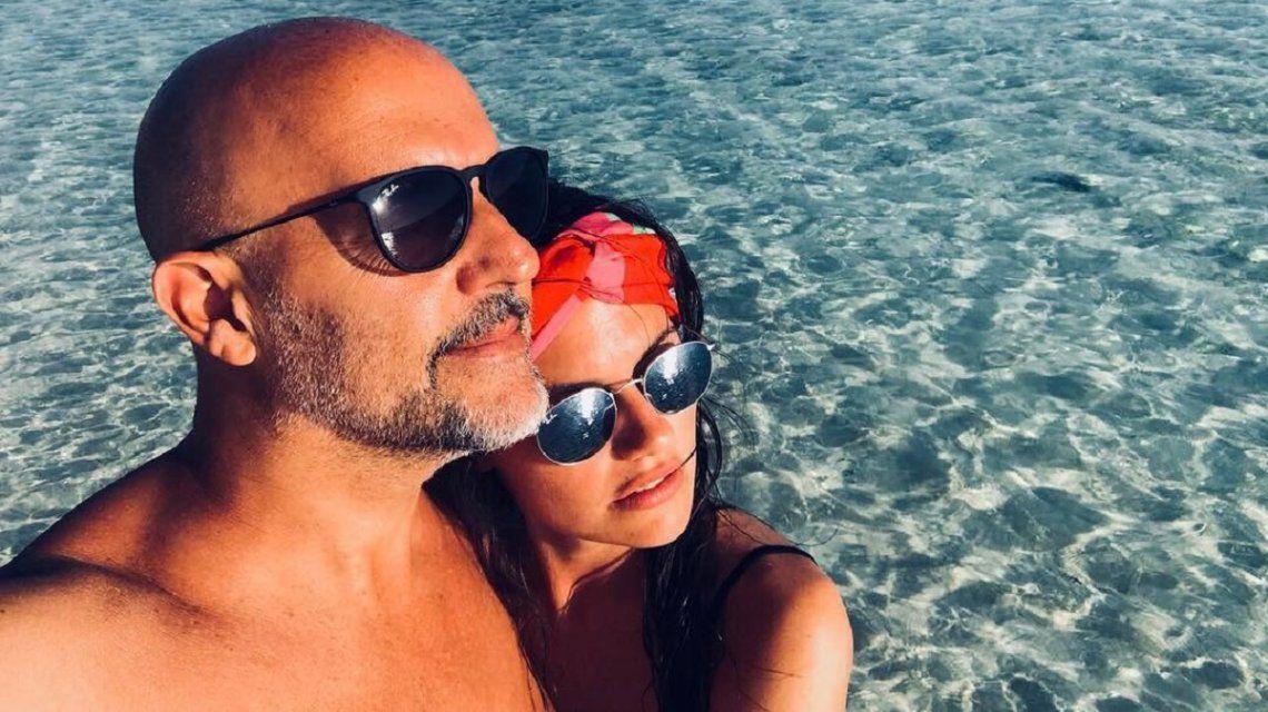 ¿Nueva moda? Los famosos que se separan pero publican fotos con sus ex en las redes sociales