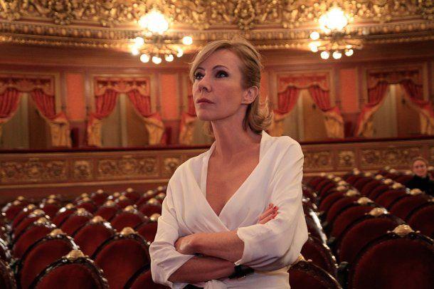 Inés Estévez como Paulina en