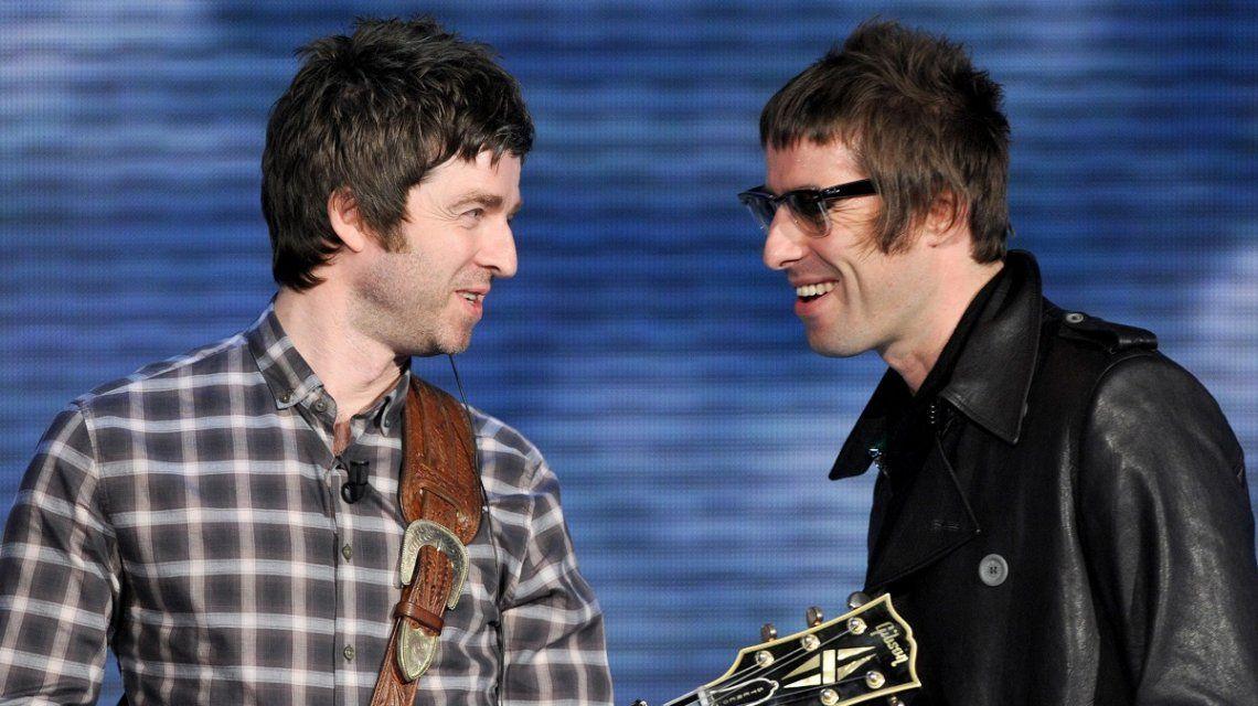 Noel y Liam Gallagher se reconciliaron y abren la puerta a la vuelta de Oasis