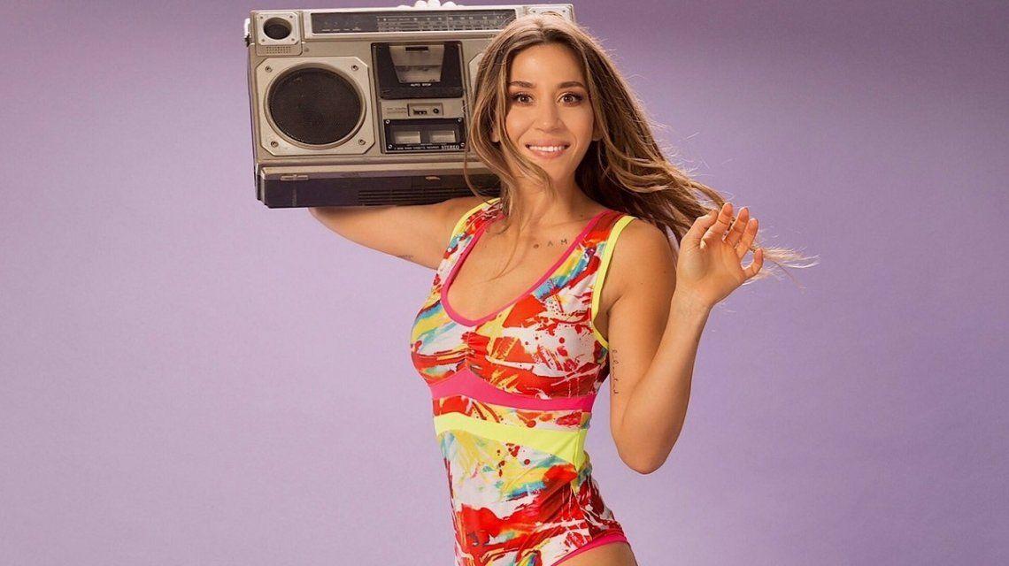 Jimena Barón y su baile de la escoba sexy