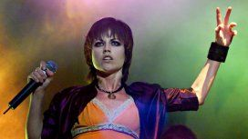 Dolores ORiordan, fue la vocalista de la banda de rock The Cranberries
