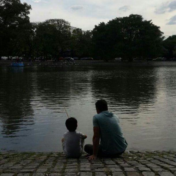 <p>Walter junto a su hijo </p>