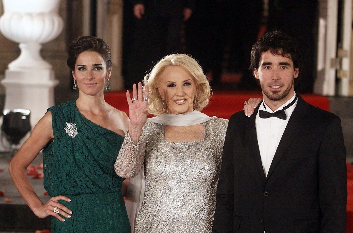Juana Viale y Mirtha Legrand luchan por el rating del domingo