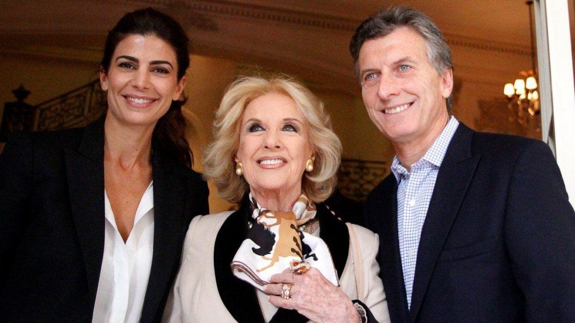 Mirtha Legrand con Macri y Awada