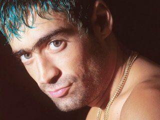 Rodrigo Bueno (24 de mayo de 1973, Córdoba - 24 de junio de 2000,Berazategui)