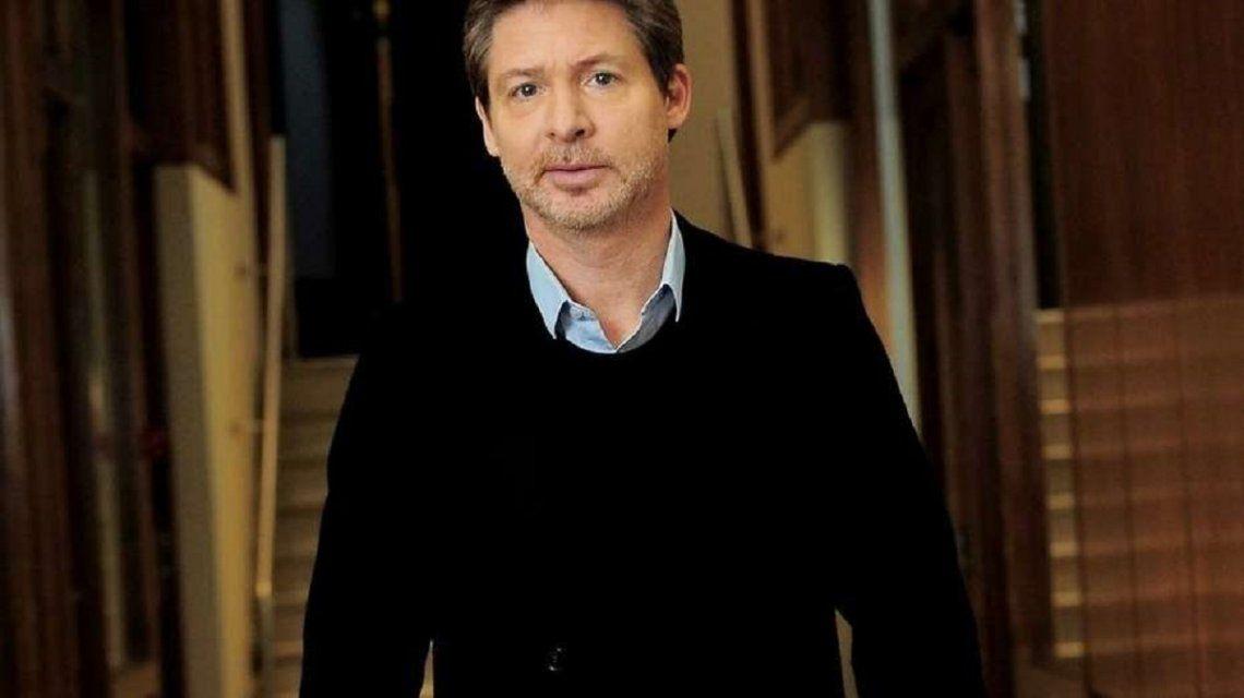 Adrián Suar habló de las acusaciones contra Juan Darthés y de su continuidad en Simona