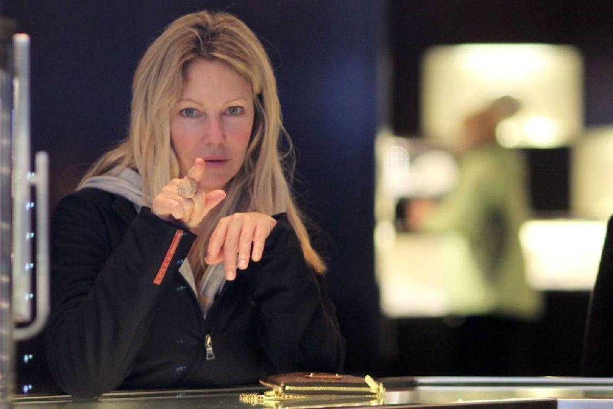 Heather Locklear fue detenida por fue detenida por golpear a su pareja