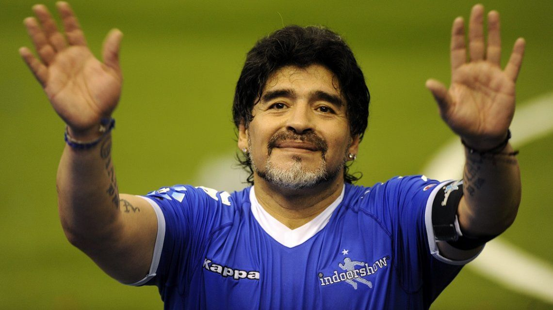 Diego Maradona homenajeó a su mamá