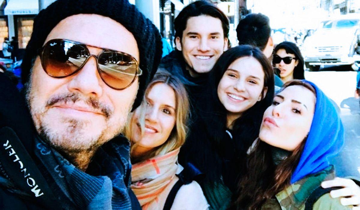 Marcelo Tinelli junto a sus hijos Micaela