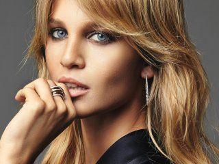 Liz Solari, modelo