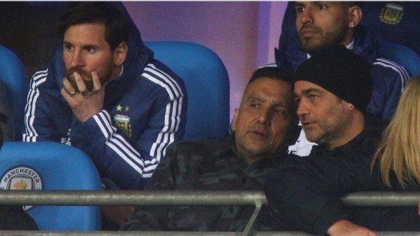 Gastón Pauls vio a la Selección junto a Messi y el Kun Agüero<br>