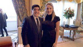 Rocío Oliva, junto a Diego Maradona, se despega del robo de su hermano