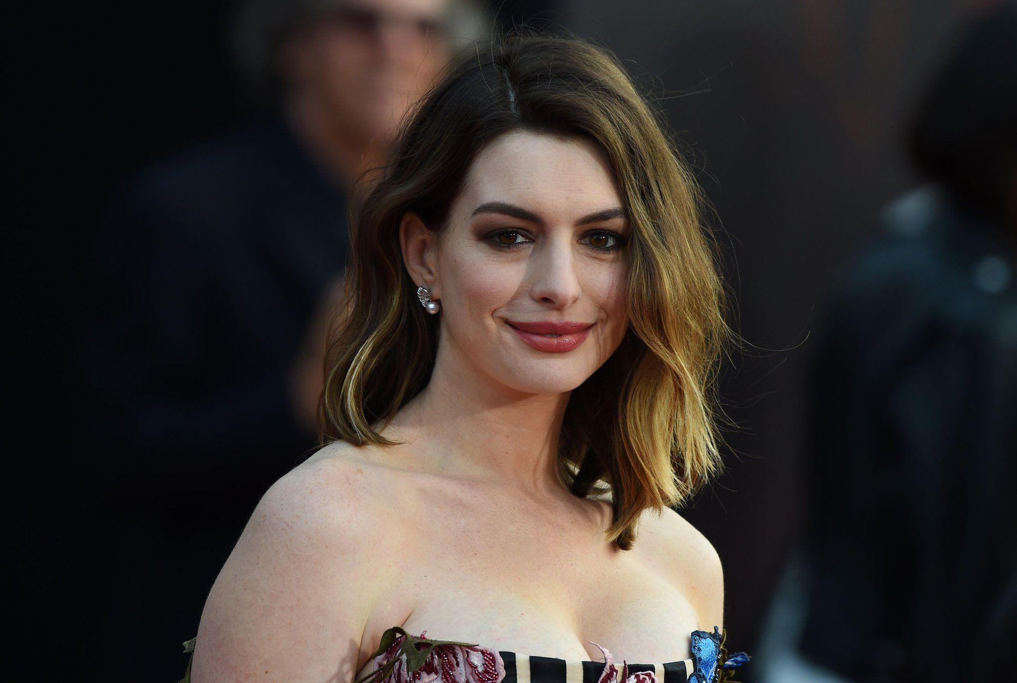 Anne Hathaway será madre nuevamente y lo anunció con un emotivo mensaje