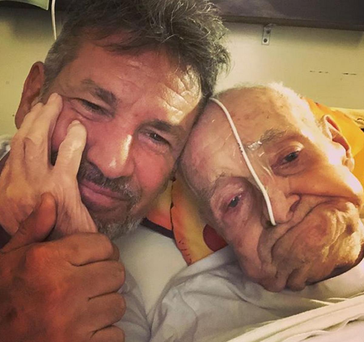 Conmovedoras fotos de Diego Díaz con su papá de 97 años: Casi nos deja y decidió quedarse un tiempo más