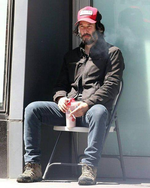 Keanu Reeves, irreconocible y con una descuidada ...