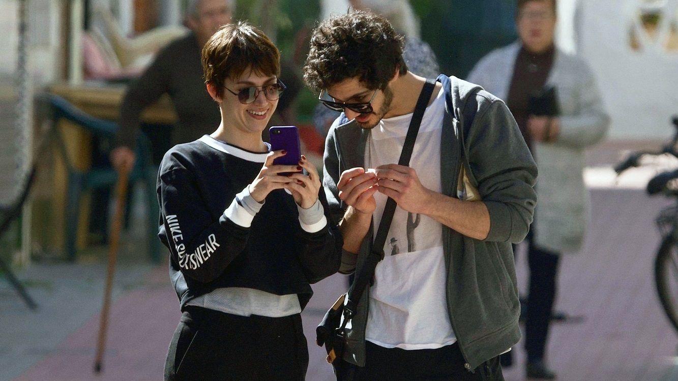 Úrsula Corberó y el Chino Darín convivirán en Madrid
