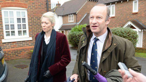 Jo Marney y su novio político. <br>