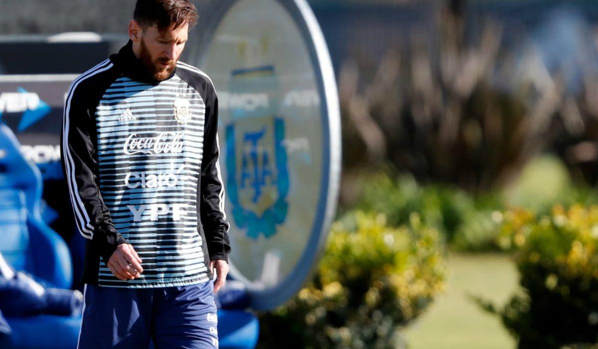Messi llegó a Argentina y así descansa en medio de los entrenamientos