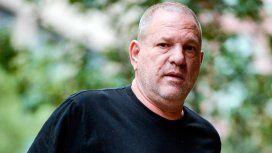 Harvey Weinstein se entregó a la policía en Nueva York