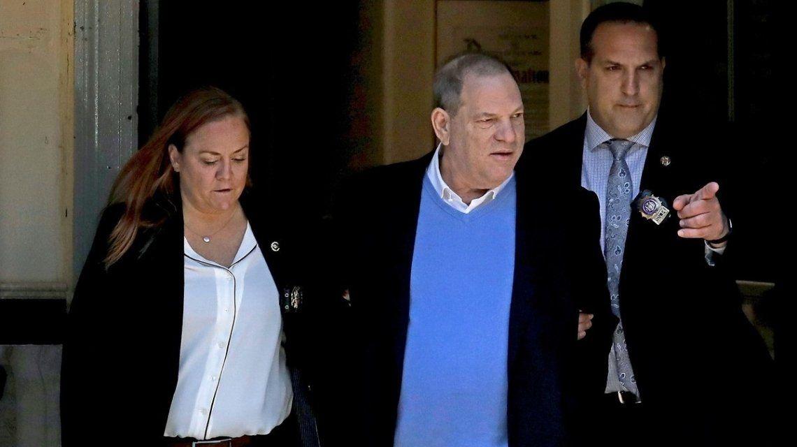 Harvey Weinstein pagó un millón de dólares de fianza para ser liberado