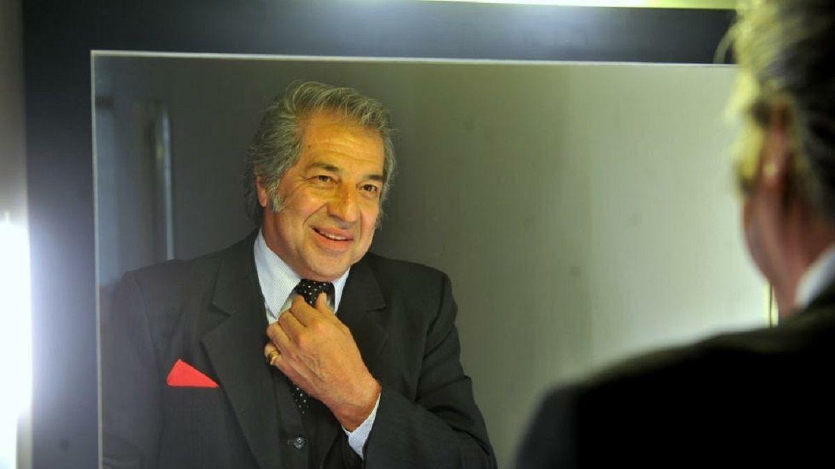 Oscar Martínez presenta su Tributo a Sandro