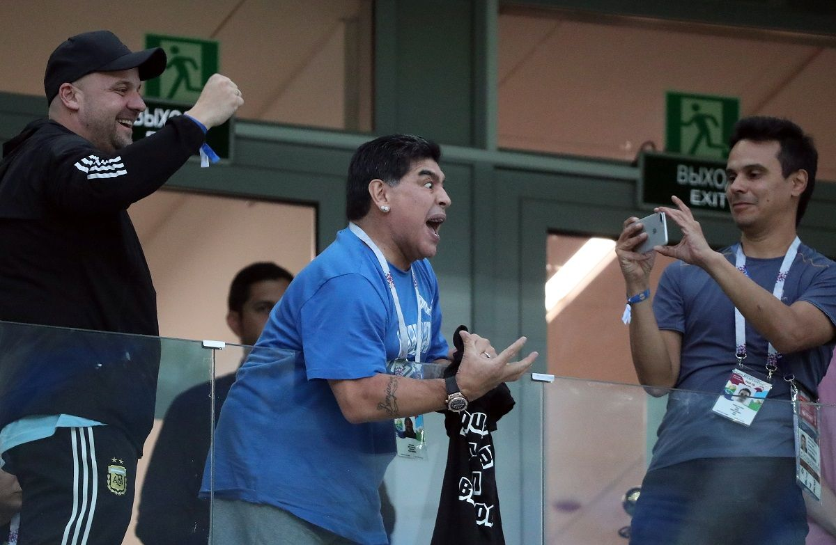 Diego Maradona ofrece 300 mil pesos por datos sobre el audio de su falsa muerte