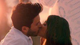 Tini y Sebastián Yatra, a los besos en su nuevo videoclip: Quiero volver