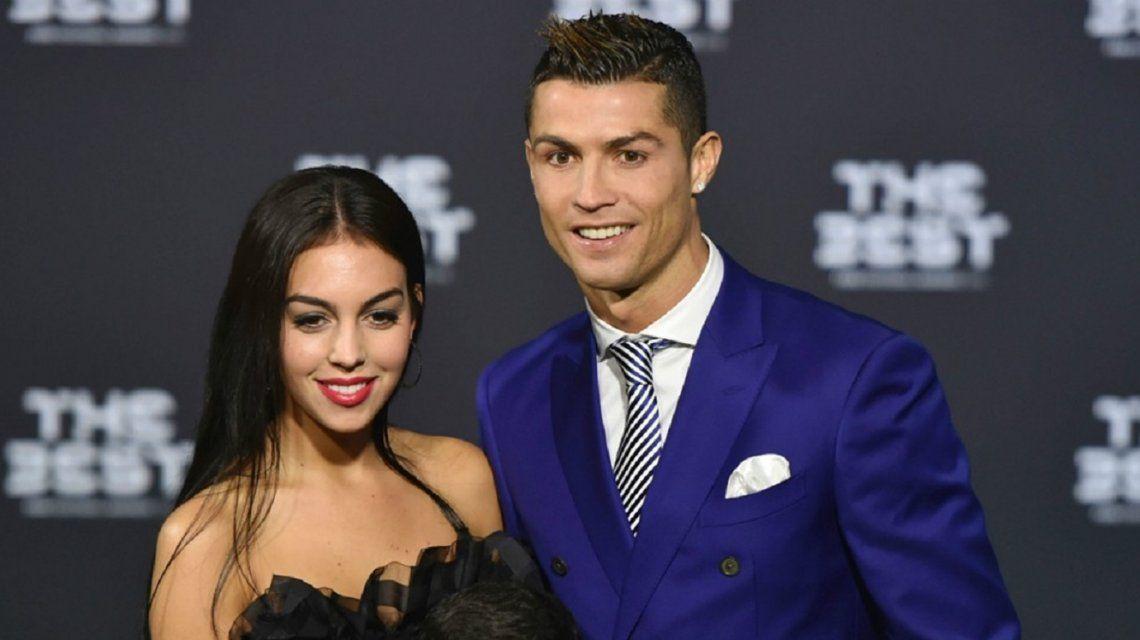 La foto de Cristiano Ronaldo con su novia argentina para provocar al Real Madrid