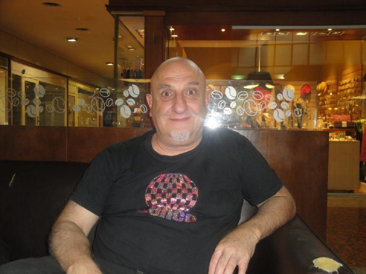 Juan Acosta: Me chupa un huevo el dólar