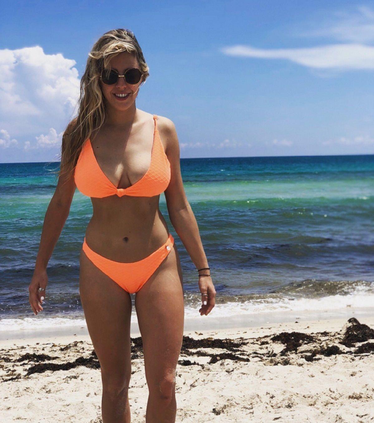 La foto de Nati Jota en la playa sin Photoshop: En un momento me tapaba las estrías