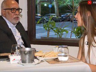 Oscar El Negro González Oro, en Right Now.