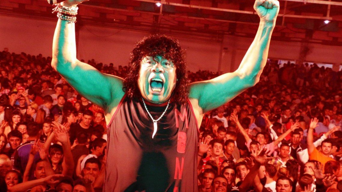 Insólito: la Mona Jiménez, el artista menos esperado del Lollapalooza Argentina