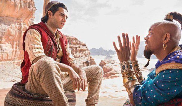 Mena Massoud como Aladdin y Will Smith como El Genio <strong><br></strong>