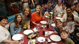 Las fotos del festejo de cumpleaños de Cubero con sus hijas y Mica Viciconte