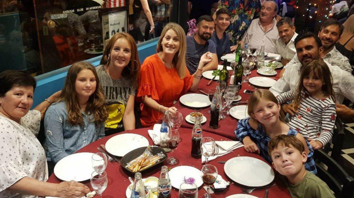 Las fotos del festejo de cumpleaños de Fabián Cubero con sus hijas y Mica Viciconte