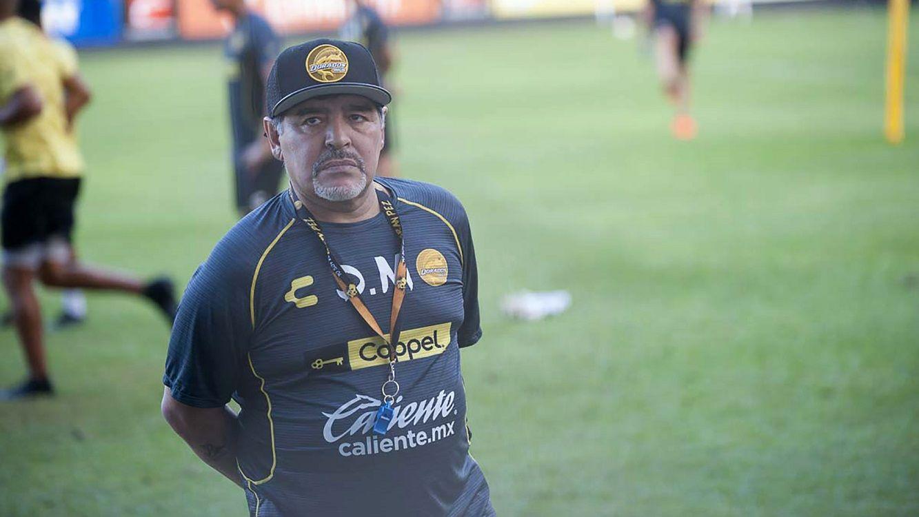 Endoscopía programada: Diego Maradona fue internado en la Clínica Olivos