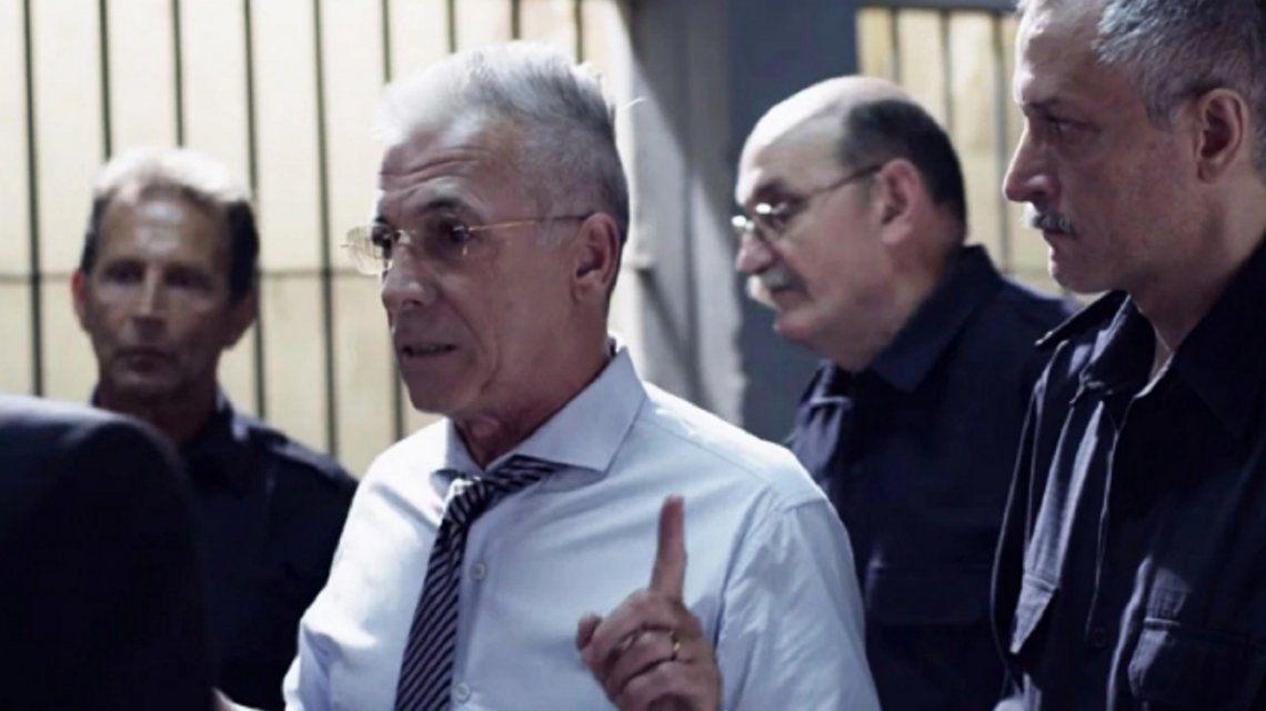 Gerardo Romano es Antín en El Marginal.