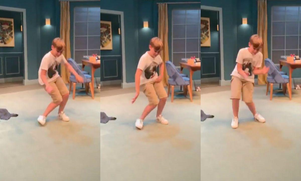 VIDEO: El hijo de Benjamín Vicuña hizo el baile del Fortnite en la obra de su padre