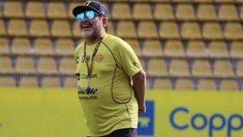Venden el juguete del esperma de Diego Maradona