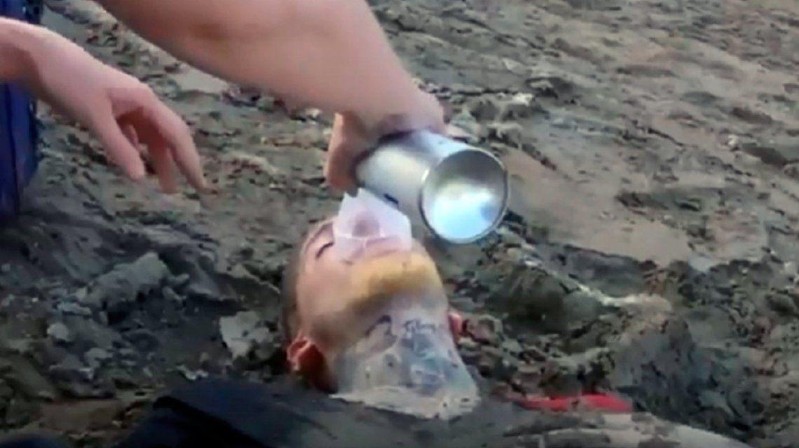Susto para Alex Caniggia durante el reality chileno Resistiré: colapsó y tuvo que ser asistido